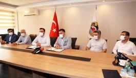 Başkan Yücel ile Rektör Kalan protokol imzaladı!