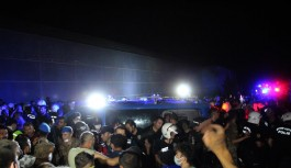 Manavgat'ta iki kişi zırhlı araçla...