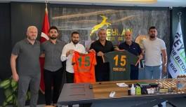Ceylan'dan Alanyaspor'a 100 bin TL bağış